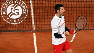 Djokovic non sbaglia e va in semifinale: adesso la sfida a Tsitsipas