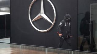 Covid, allerta nel team Mercedes: salgono a due i casi positivi