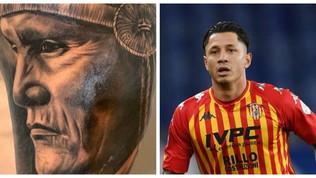 """""""Le mie origini peruviane"""". Ma Lapadula sbaglia il tatuaggio..."""