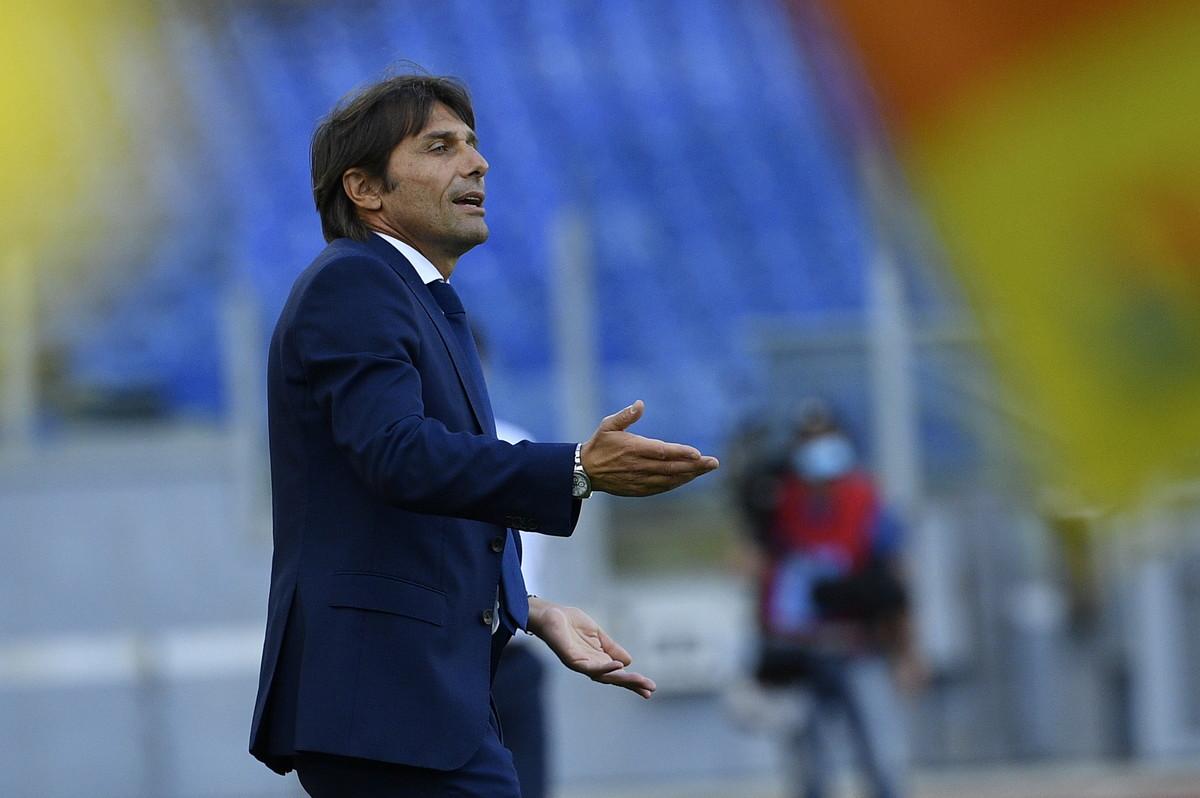 1 - Antonio Conte (Inter) - 12 milioni netti