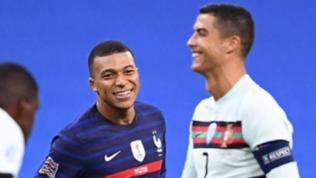 """Francia-Portogallo, Mbappée l'incontro con CR7: """"Idolo"""""""