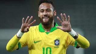 Neymarsorpassa il Fenomeno e gli rende omaggio: denti in fuori e numero 9