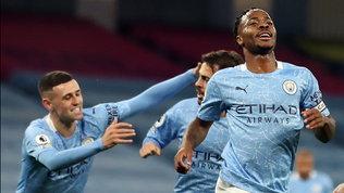 Sterling fa volare il City, Ancelotti ferma il Liverpool. Pari amaro Chelsea