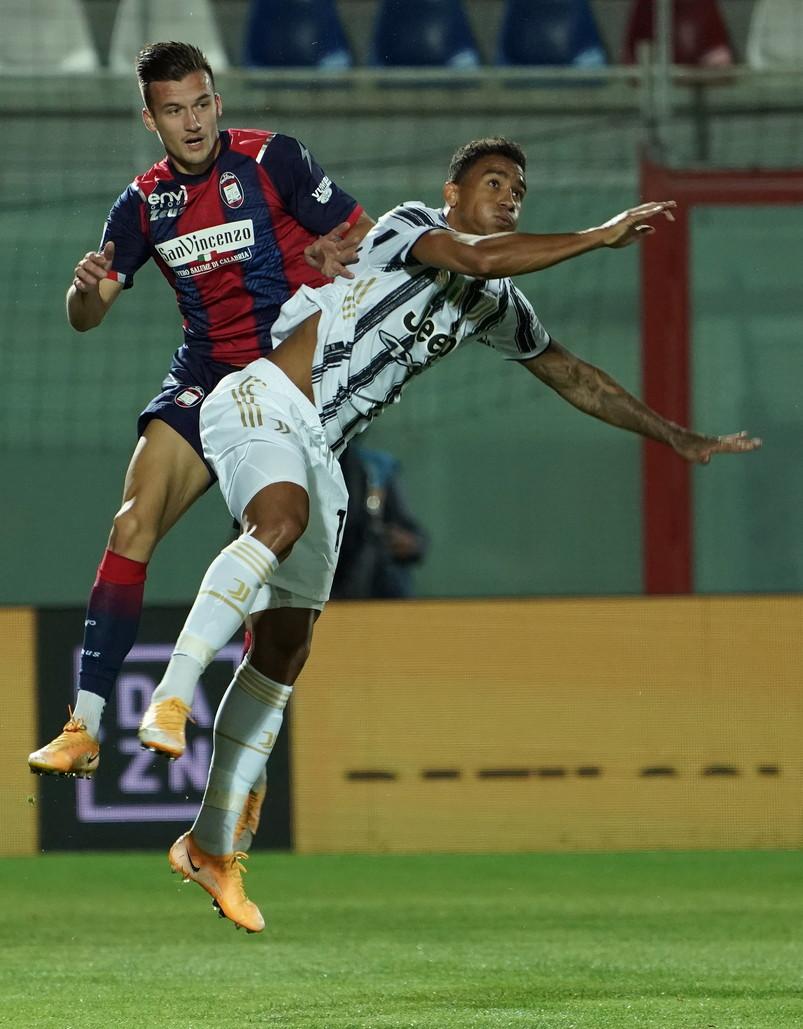 Serie A, Crotone-Juve 1-1: Morata risponde a Simy, espulso Chiesa | News -  Sportmediaset