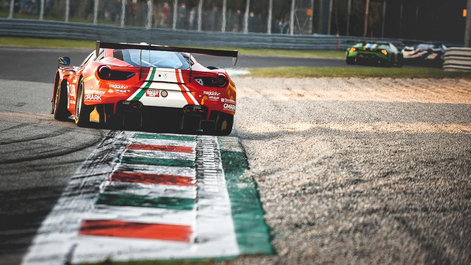 Nel weekend il GT Italiano ha fatto tappa a Monza. Gara 1 &egrave; andata a Bmw con Comandini e Zug, mentre Gara 2 &egrave; andata alla Ferrari 488 del team AF Corse con&nbsp;Roda e Rovera. Foto di Thomas Cappelletti.<br /><br />