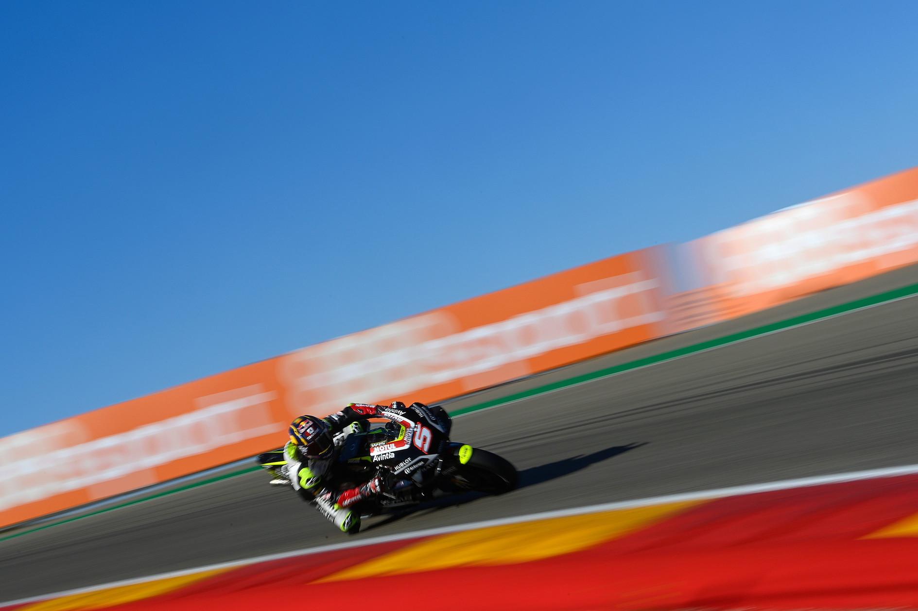 Nel bis di Aragon arriva la prima pole position in MotoGP per il nipponico della Honda, in prima fila anche Morbidelli e Rins<br /><br />