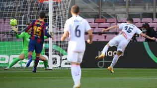 Liga, Barcellona-Real Madrid 1-3: le foto della partita