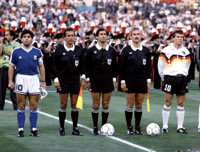 Ancora Matth äus contro Maradona nella finale di Italia 90. Sarà il tedesco a gioire stavolta.