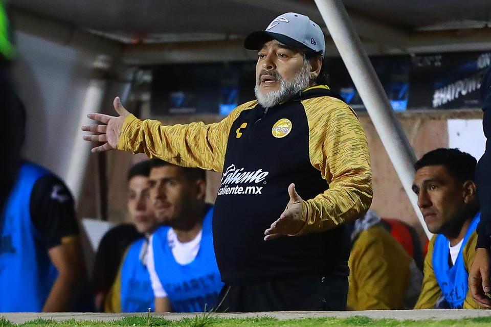 Presidente onorario della Dinamo Brest e allenatore del Gimnasia La Plata.