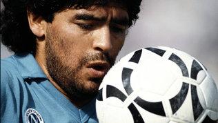 Maradona, il più umano degli Dei: 60 anni in 60 foto