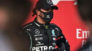 """Hamilton: """"Team di eroi"""". Bottas: """"Oggi sono stato sfortunato"""""""
