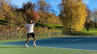 """Federer riprende ad allenarsi dopo l'operazione: """"Tornato al lavoro"""""""