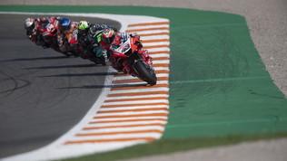 Miller davanti a Nakagami in FP2, Rossi sempre più giù