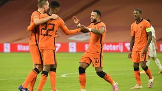 Olanda, tris alla Bosnia: de Boer tallona da vicino gli Azzurri
