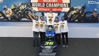 Mir riporta la Suzuki sul tetto del mondo: che festa a Valencia