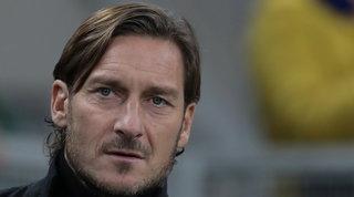 I Friedkin lavorano al ritorno di Totti, ma lui vuole un ruolo operativo