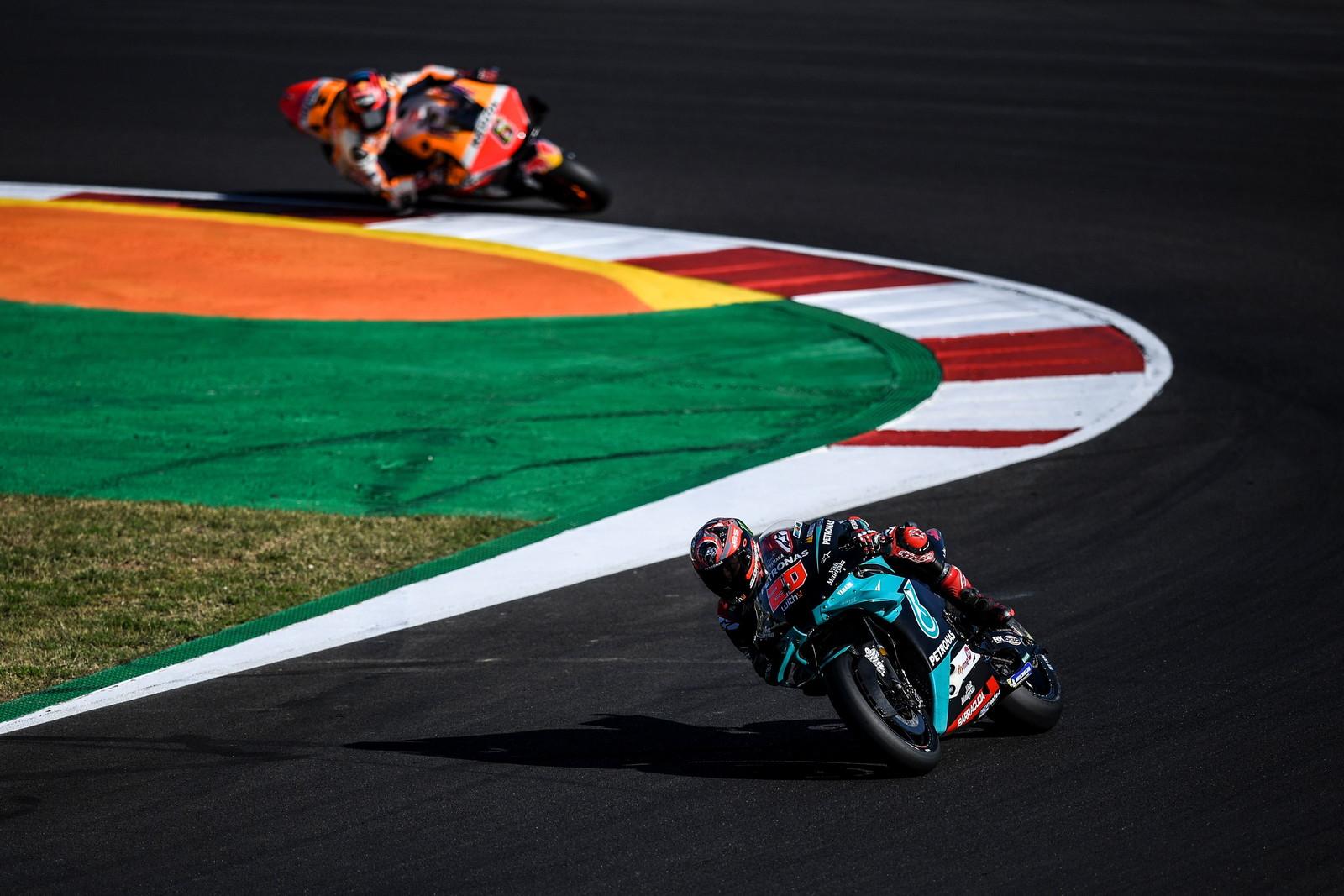 Saliscendi e curve mozzafiato sul circuito dell&#39;Algarve di Portimao che questo fine settimana, l&#39;ultimo della MotoGP, fa il suo esordio assoluto nel Motomondiale<br /><br />