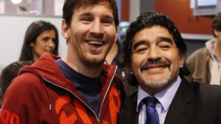 """Messi saluta Maradona: """"Ci lascia ma non se ne va: Diego è eterno"""""""
