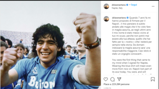 """Maradona, Mertens: """"Scusa per il mio nome vicino al tuo. Ora ho più responsabilità"""""""