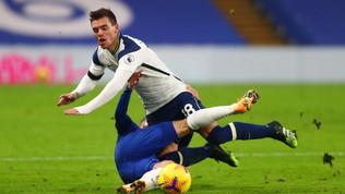 Chelsea-Tottenham in bianco, tracollo Arsenal | Cavani firma la rimonta United