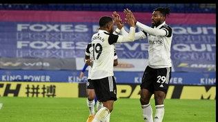 Il Leicester fallisce l'aggancio in vetta, il Fulham vince 2-1