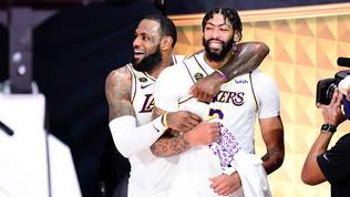 Lakers, dopo LeBron rinnova anche Davis:190 mln di dollarifino al 2025