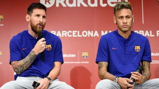 """Al-Khelaifi dribbla come Messi: """"Leo al PSG? Non posso parlarne"""""""