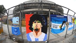 """Napoli, il San Paolo è diventato """"Stadio Maradona"""": """"Amore eterno per Diego"""""""