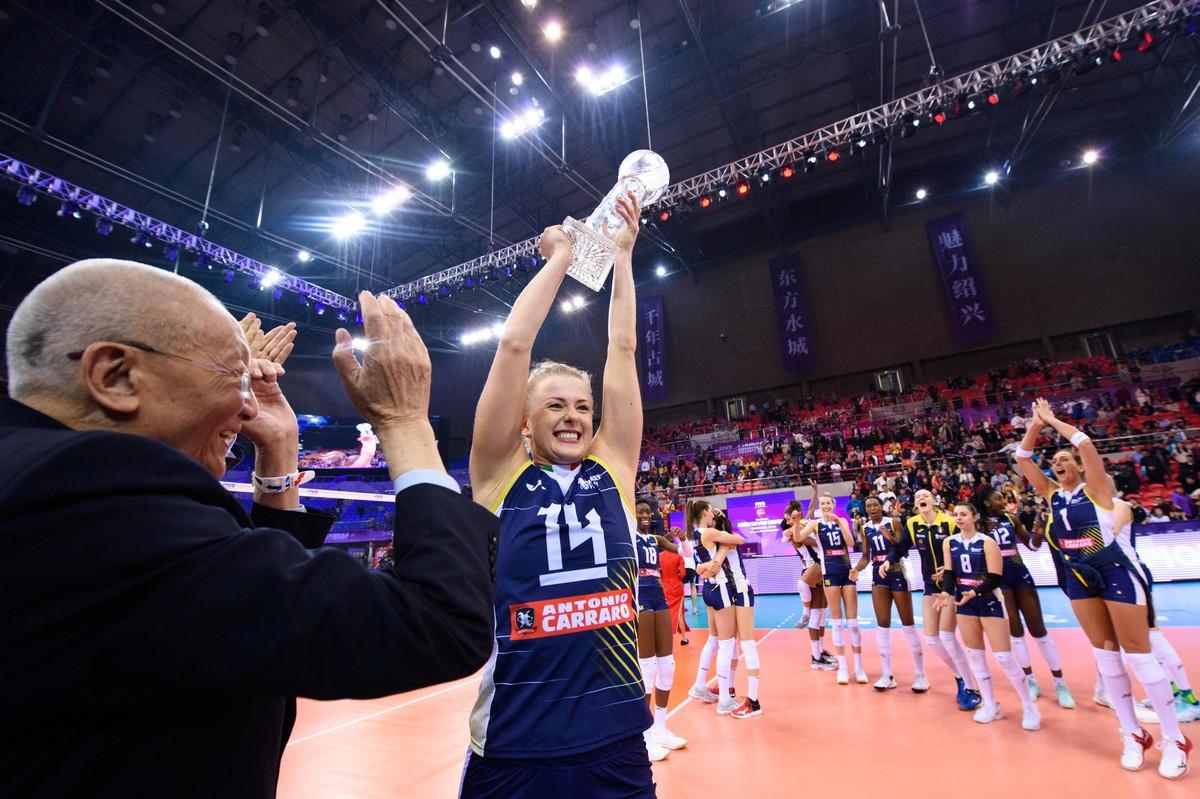 <p>Le immagini dei festeggiamenti e della premiazione dell'Imoco Volley per la vittoria al Mondiale per Club dell'8 dicembre 2019.</p>