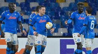 "Al ""Maradona"" basta un pari: Zielinski porta il Napoli ai sedicesimi"