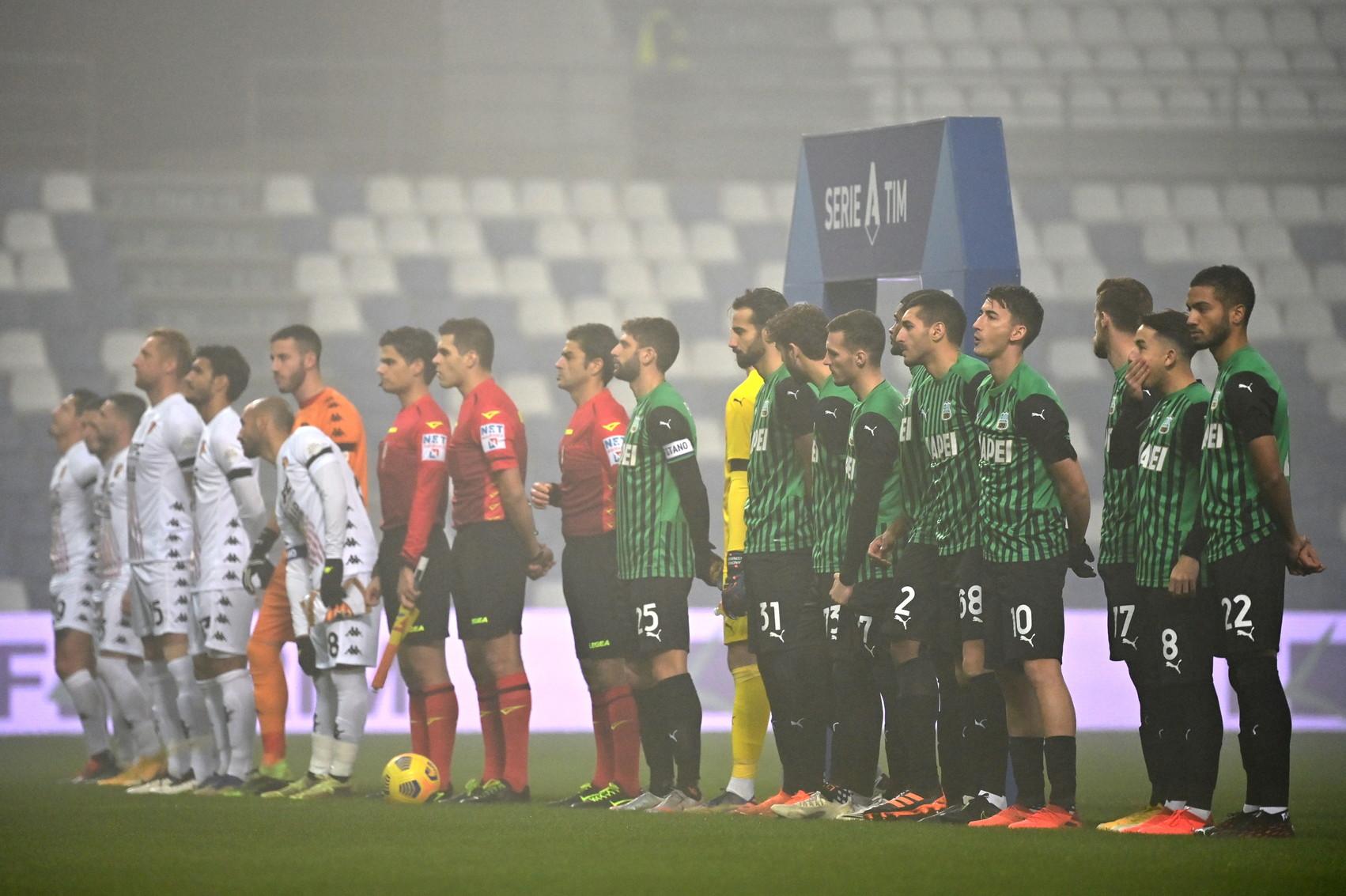 La Serie A Ricorda Paolo Rossi Minuto Di Silenzio E La Cronaca Di Martellini Foto Sportmediaset