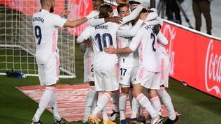 Il Real Madrid vince il derby con l'Atletico e accorcia in classifica