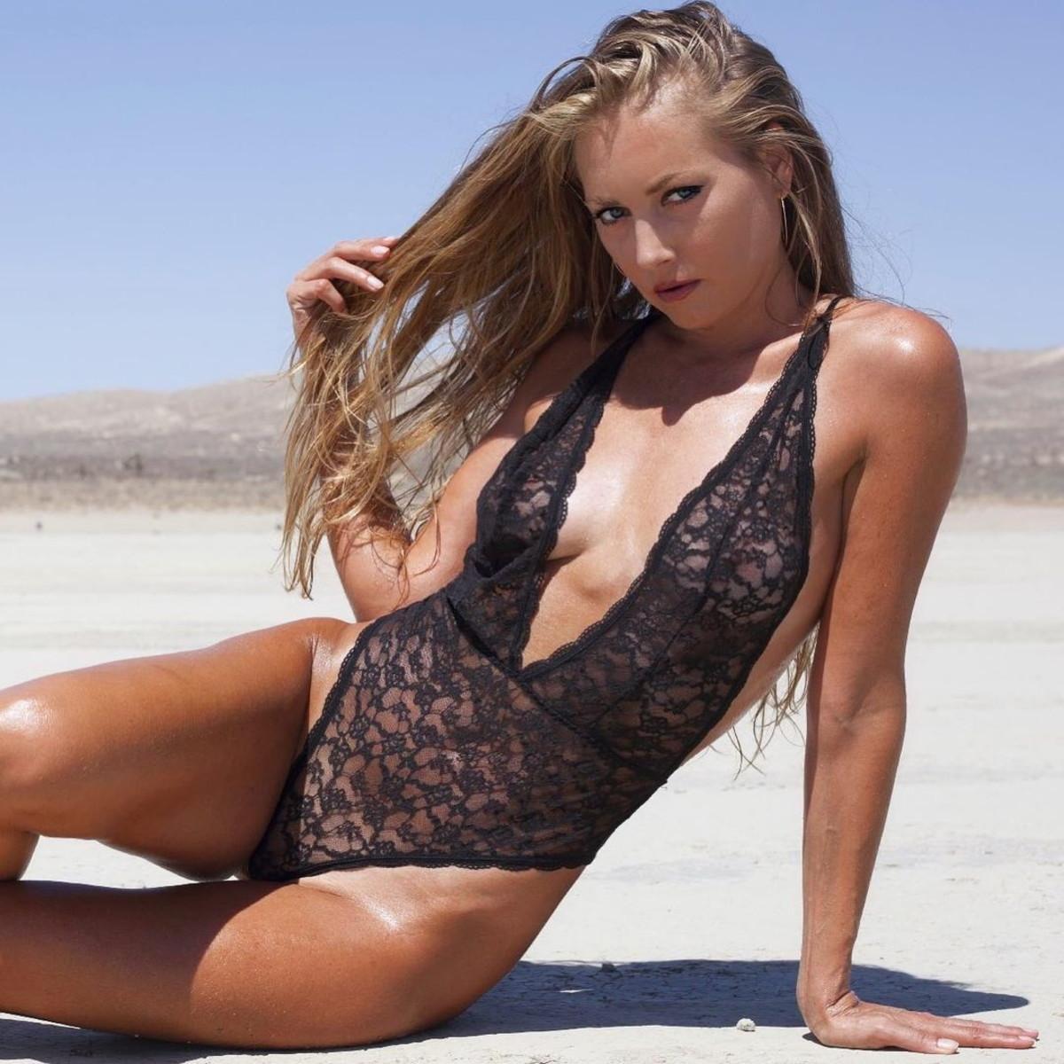 Nora Segura da sballo, lingerie e selfie hot   Foto - Sportmediaset