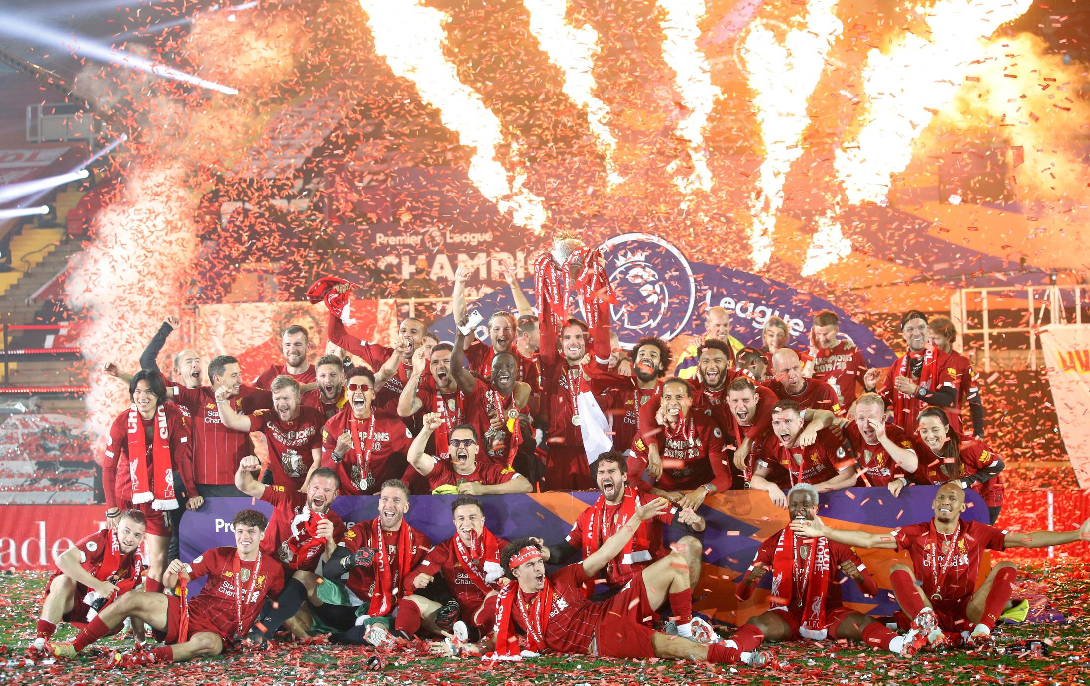 Calcio, Inghilterra: Premier League-Liverpool; Coppa di Lega: Manchester City; FA Cup: Arsenal; Charity Shield: Arsenal