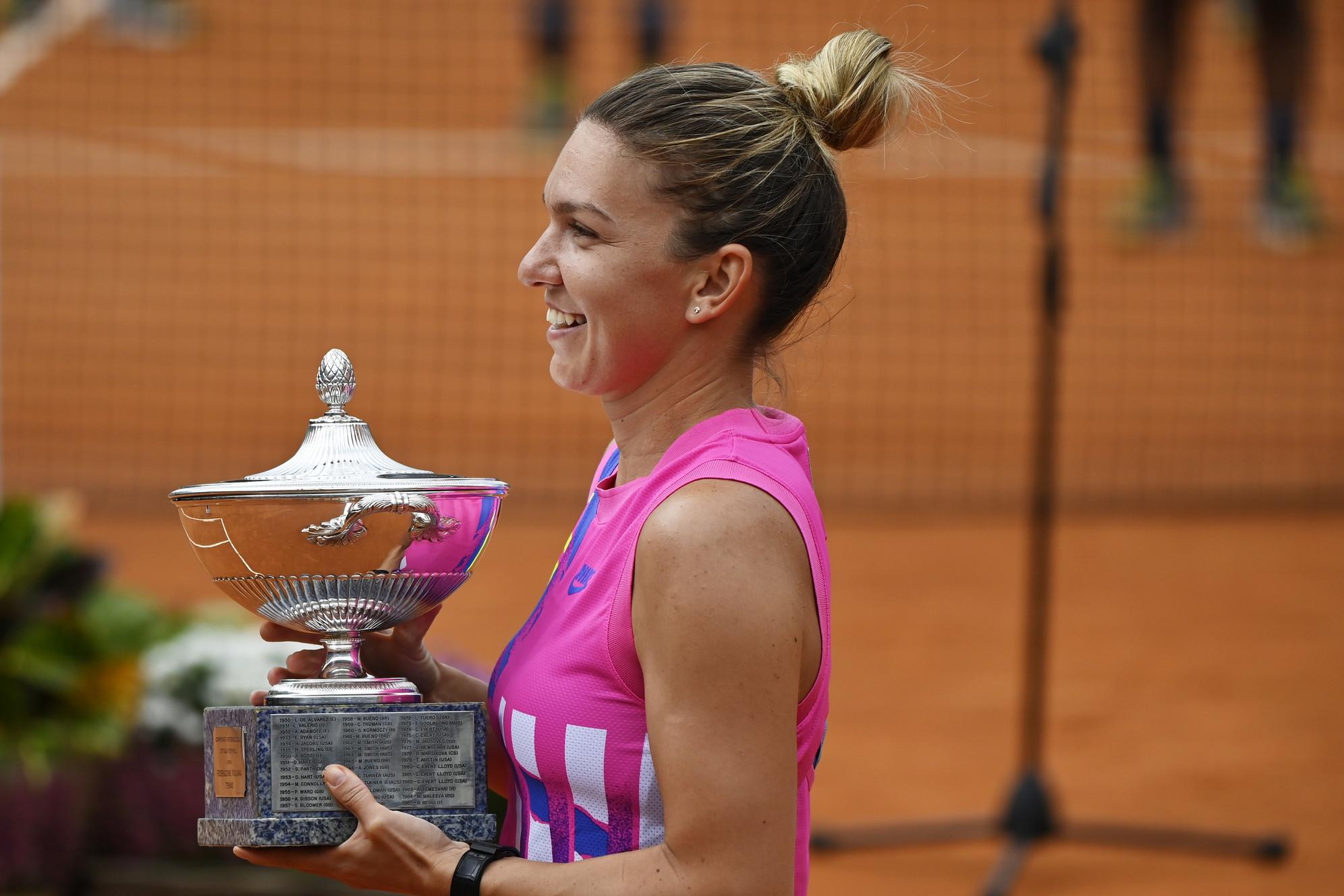 Tennis, Internazionali d'Italia: Halep (donne), Djokovic (uomini)