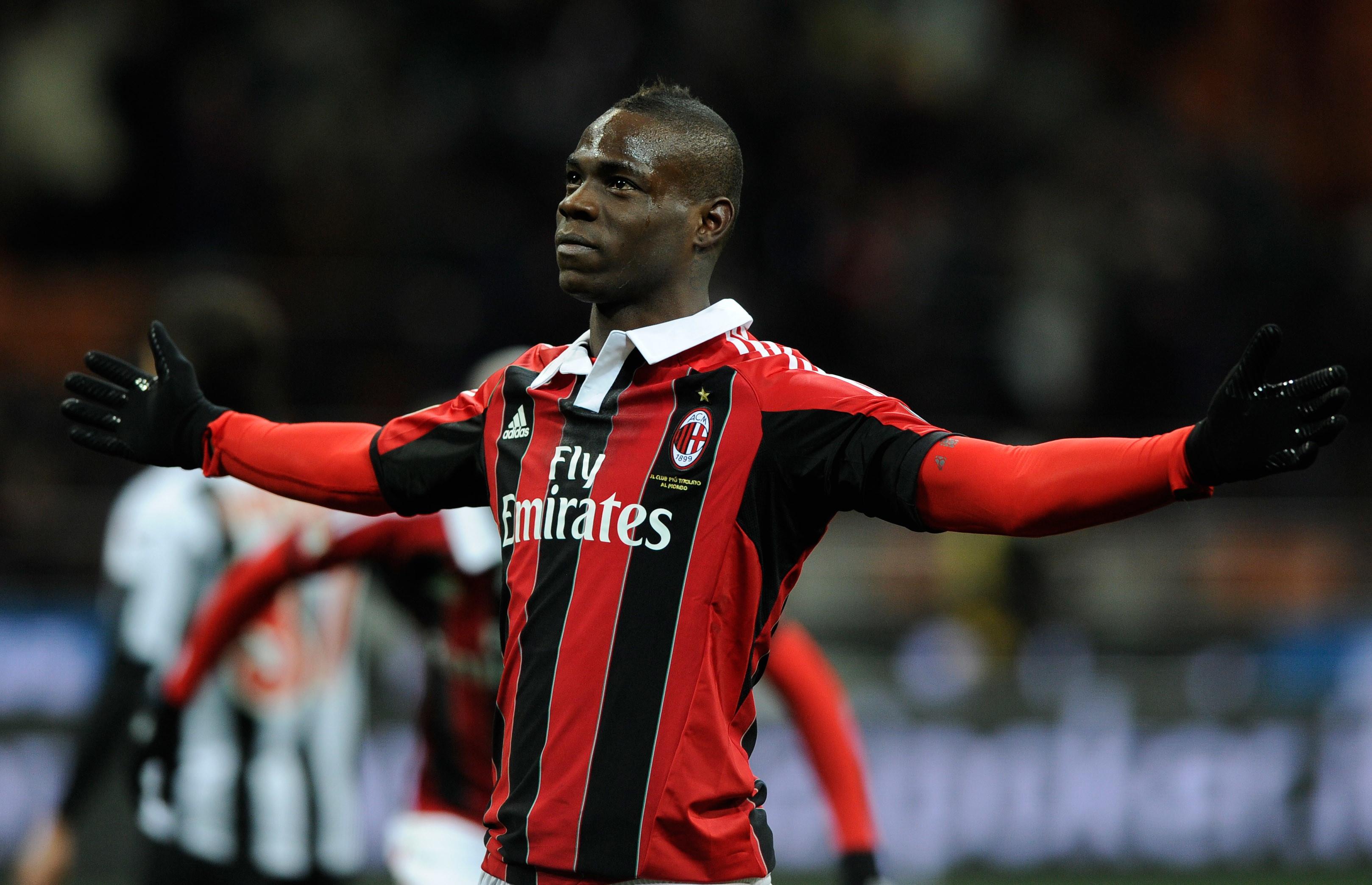 9 - MARIO BALOTELLI dal Manchester City al Milan (20 milioni)