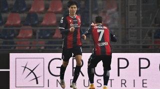 Tomiyasu e Paz rispondono alla doppietta diMuriel: il Bologna riacciuffa l'Atalanta