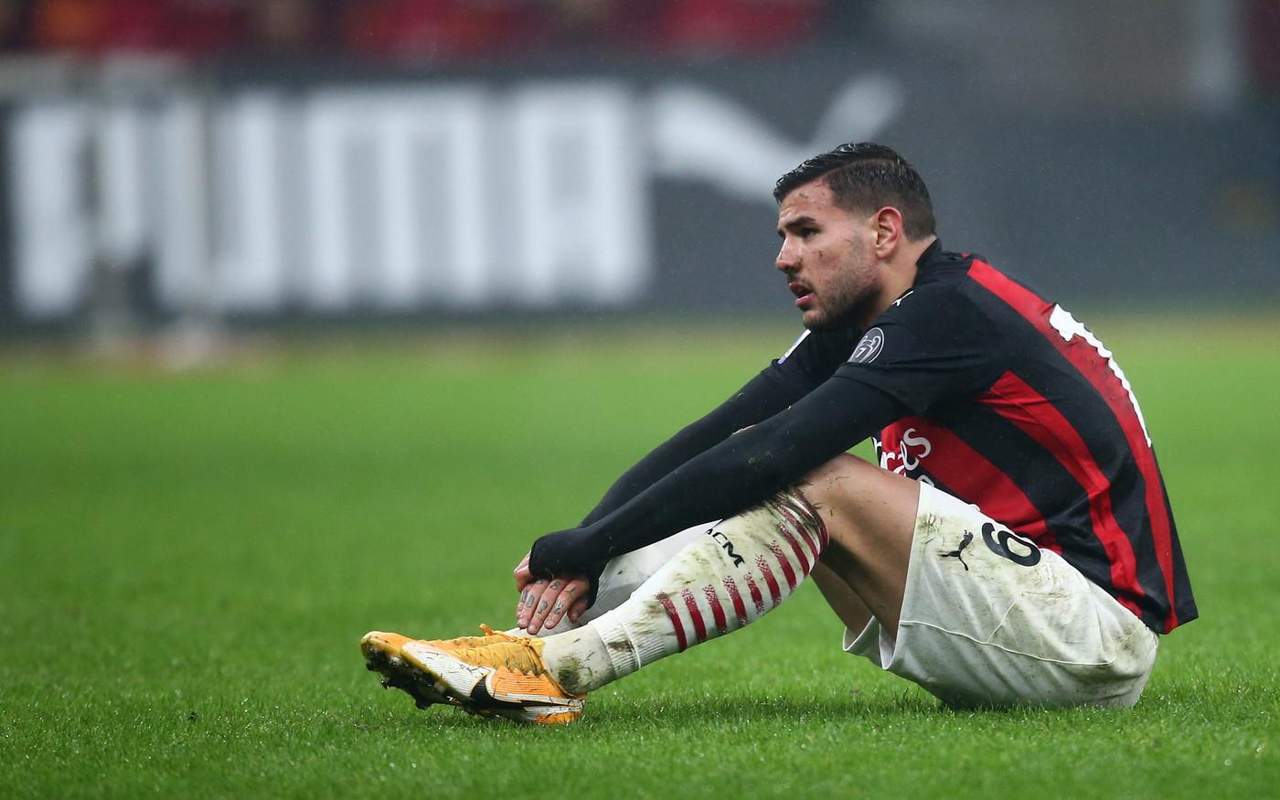 Serie A, gli squalificati: Milan senza Theo Hernandez a Benevento | News -  Sportmediaset