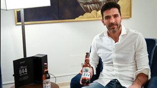 """Buffon a Messi: """"Grazie per la birra, Lo prendo come un complimento"""""""
