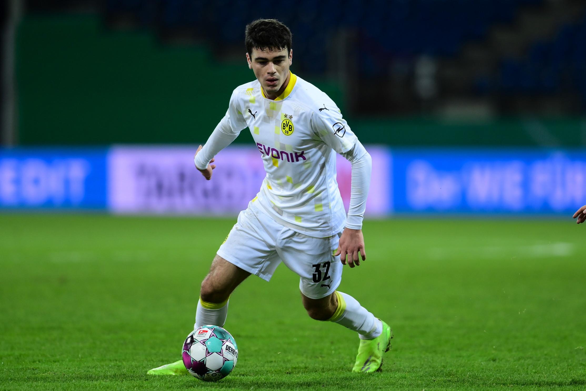 Centrocampista:Giovanni Reyna, 18 anni (Dortmund)
