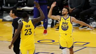 Nba, Curry da record per Golden State: 62 punti! Sorridono le due di Los Angeles