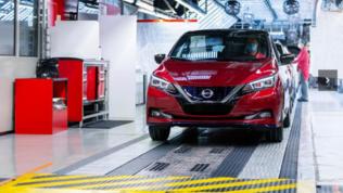 Nissan e la scuola guida elettrica