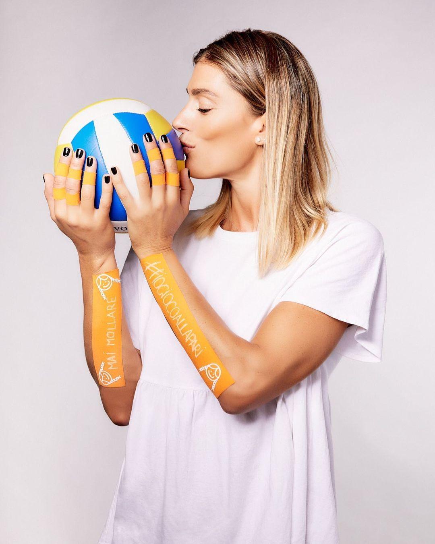 Francesca Piccinini spegne 42 candeline. La bellezza del volley è senz'altro uno dei personaggi più iconici dello sport italiano e non solo. Con la Unet e-work Busto Arsizio è tornata a calcare i taraflex della Serie A1 dopo un periodo di stop.