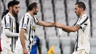 """Chiellini a Buffon: """"Bello ritrovarci in campo"""". Ora punta l'Inter"""