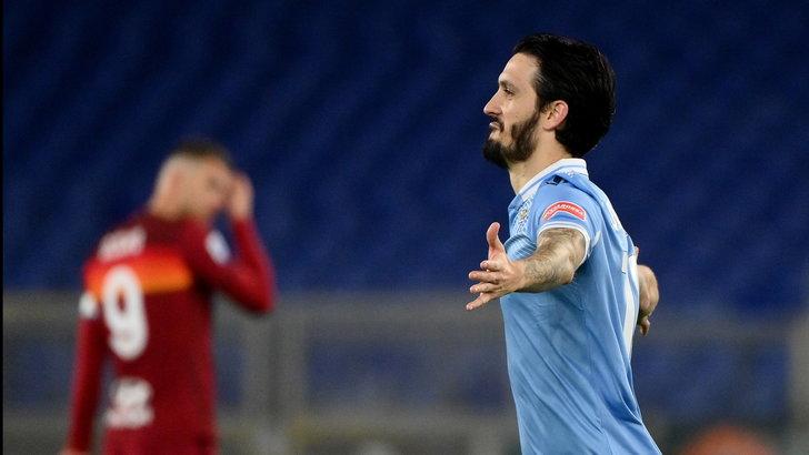 Disastro Ibanez e crollo Roma: Immobile-Luis Alberto, il derby è della Lazio