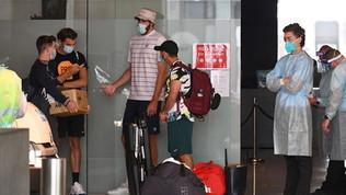 Australian Open senza pace,altri due giocatori positivi al Covid