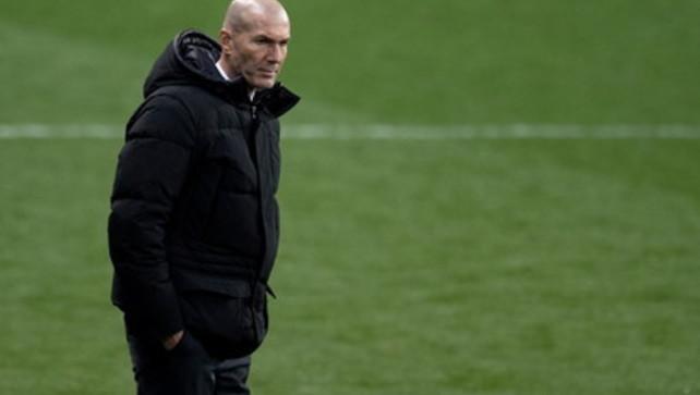 """Real umiliato e Zidane è a rischio. Ma lui minimizza: """"Non è una vergogna"""""""