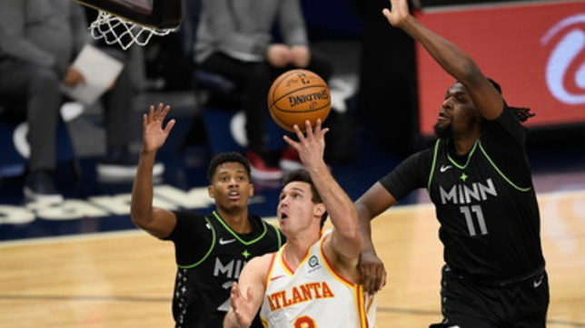Nba: riecco Gallinari e Atlanta vince, Embiid affonda i Celtics