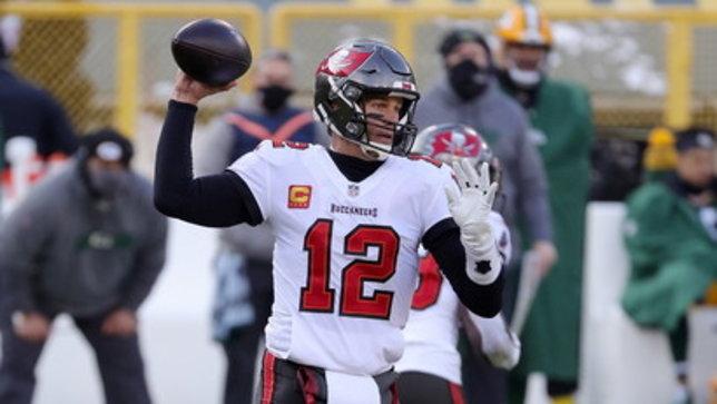 Tom Brady sempre più leggenda: porta Tampa al Super Bowl