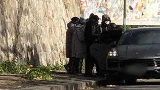 Koulibaly cuore d'oro:regala giacconi ad alcuni connazionali in strada
